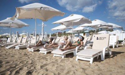 Пляжный зонт квадратный Фрегат. Зонт блочного открывания 3х3 м. с центральной стойкой. 2021 г.