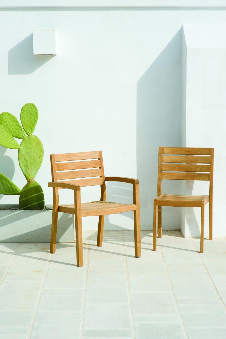 Кресло деревянное Ambra