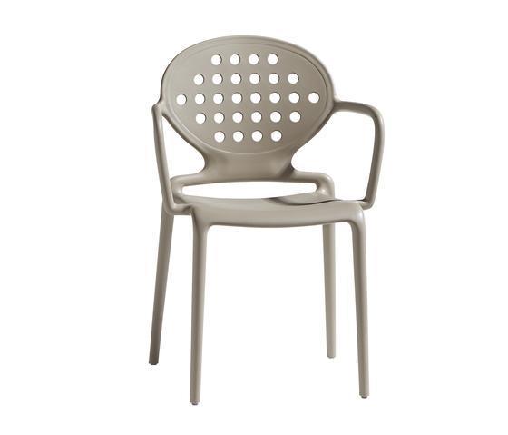 Кресло пластиковое Colette with armrests