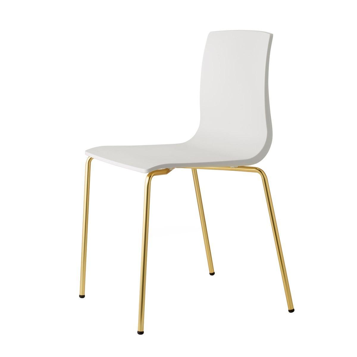 Стул пластиковый Alice Chair satin brass effect finish