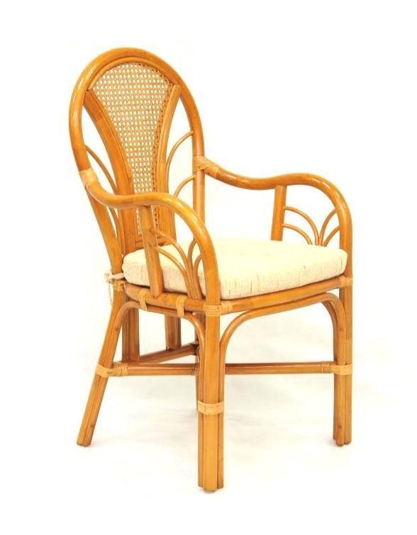 Кресло плетеное с подушкой Larisa