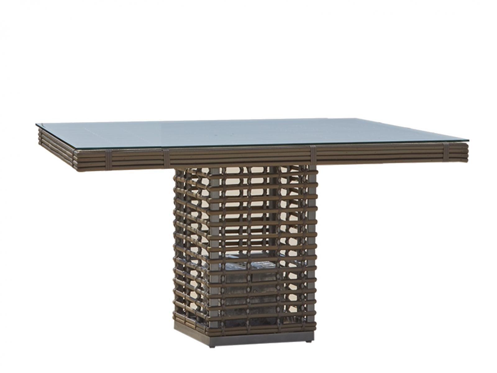 Стол плетеный со стеклом Castries