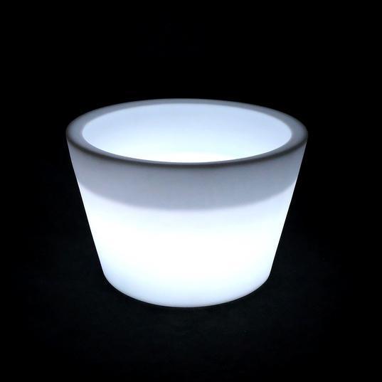 Кашпо пластиковое светящееся Cone