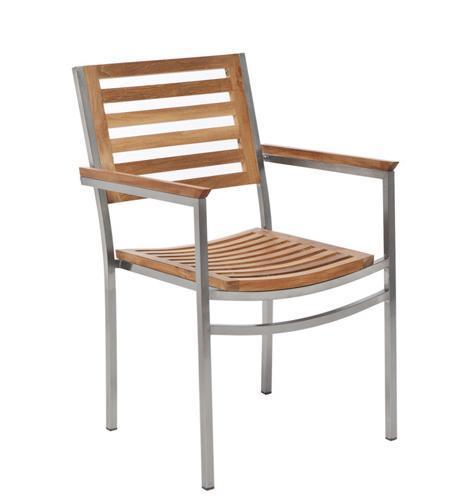 Кресло деревянное Berbeda
