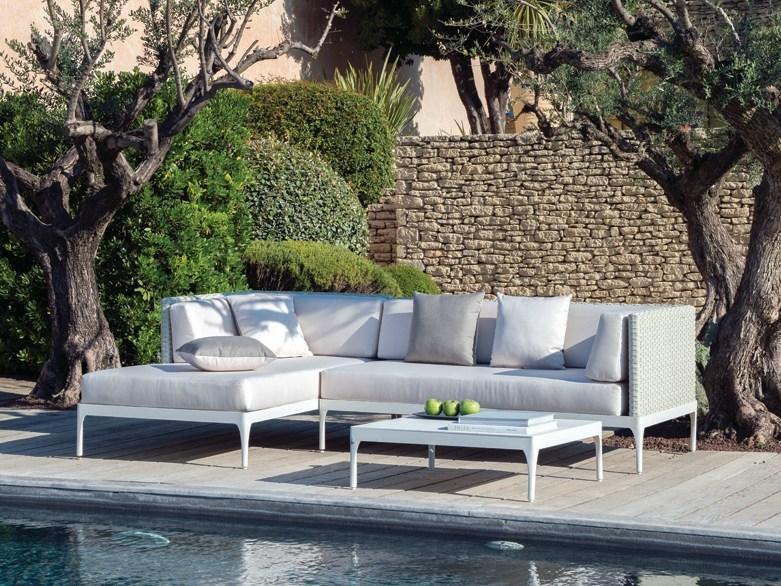 Комплект мебели плетеный с подушками Infinity