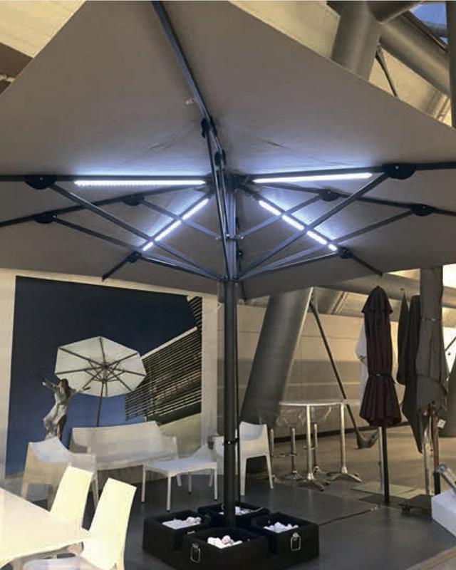 LED светильник для зонта (от батареи) Capri
