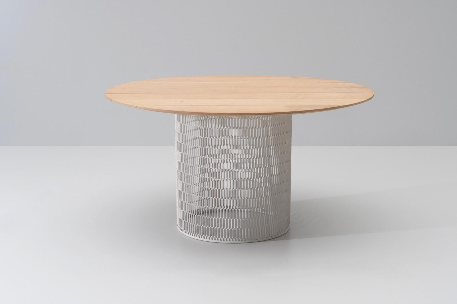 Стол деревянный обеденный Mesh