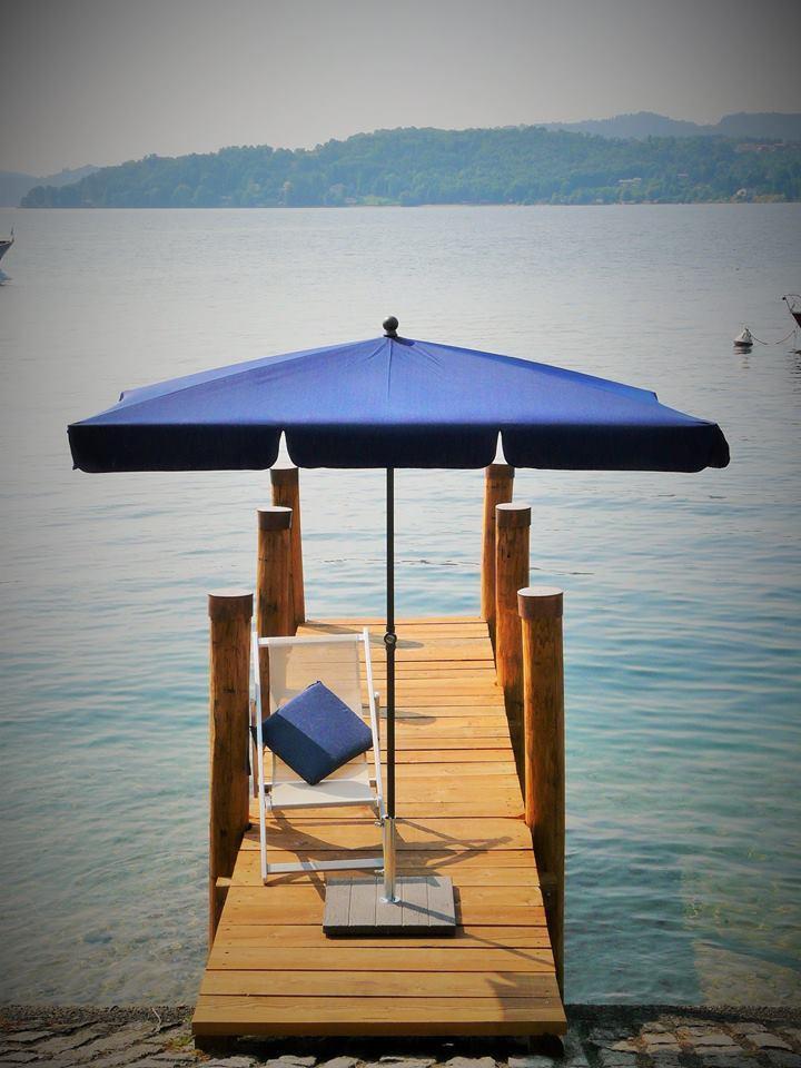 Зонт садовый Novara