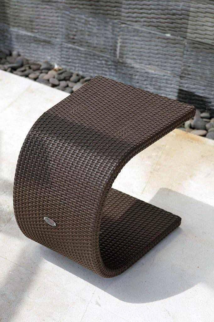 Стол плетеный для лежака Malta/Madisson/Plank/Cuatro