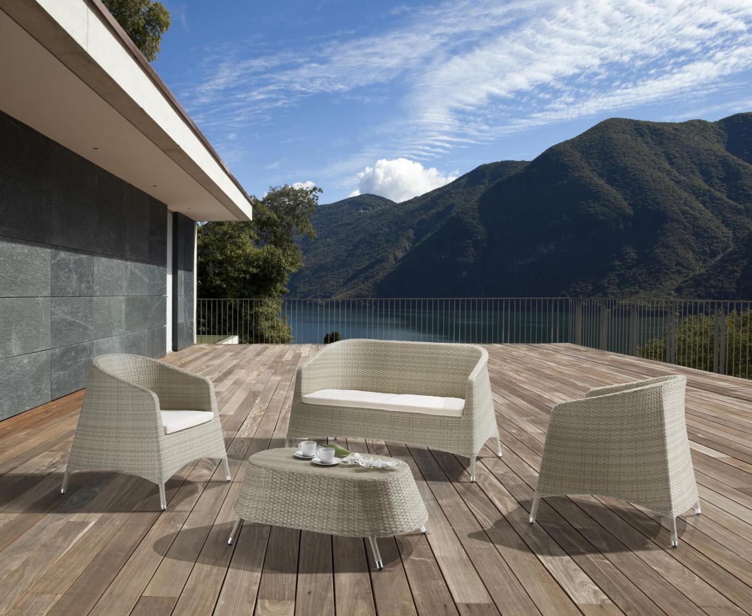 Комплект плетеной мебели с подушками Antigua