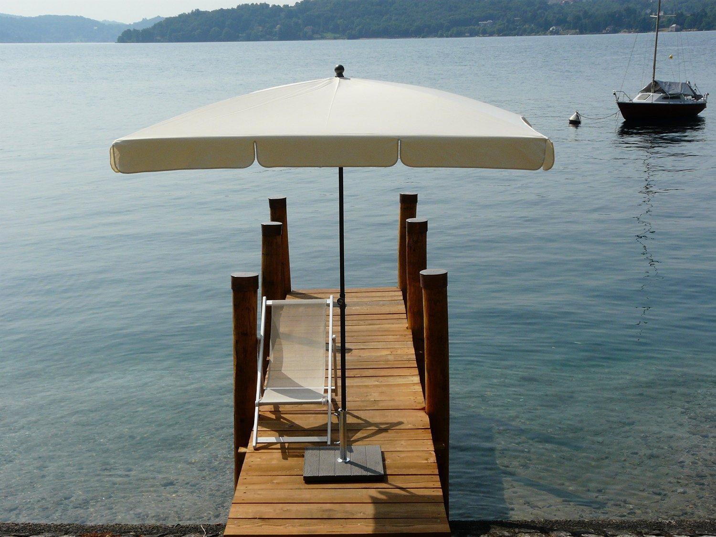 Зонт садовый с поворотной рамой Novara