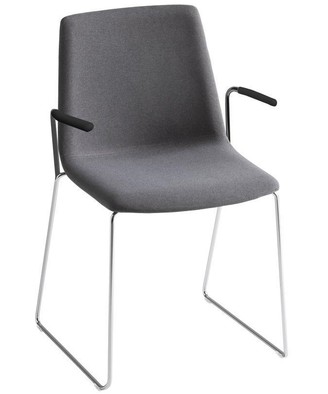 Кресло с обивкой Akami SS