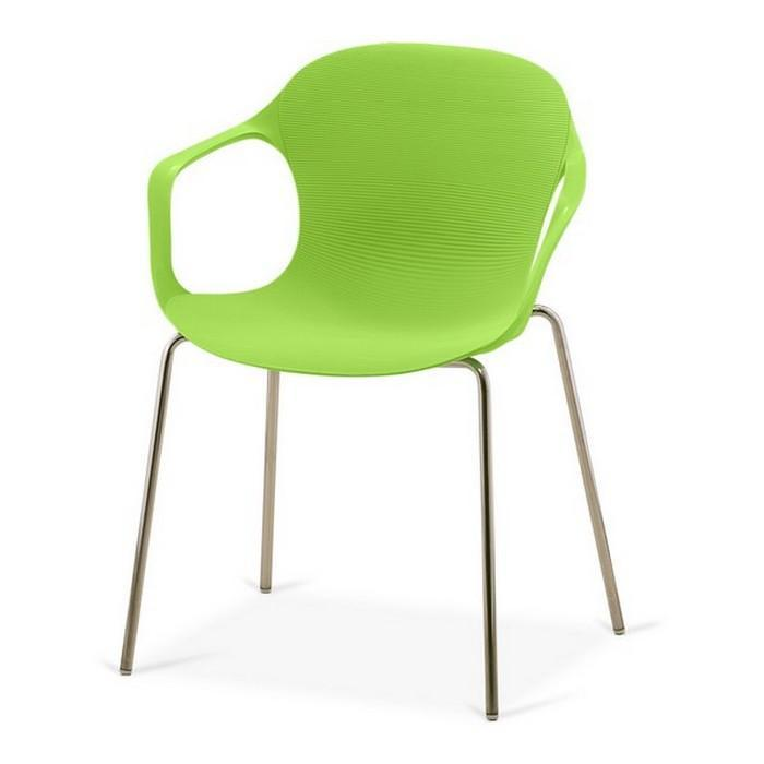 Пластиковое кресло на металлокаркасе