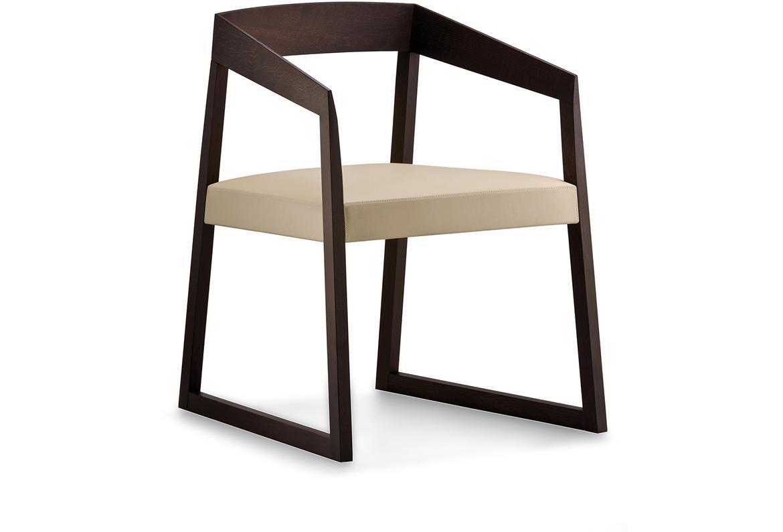 Кресло деревянное мягкое Sign