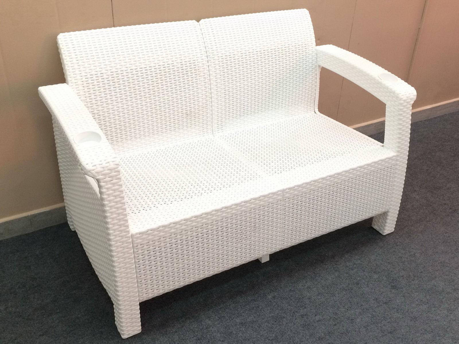 Диван пластиковый двухместный Sofa 2 Seat