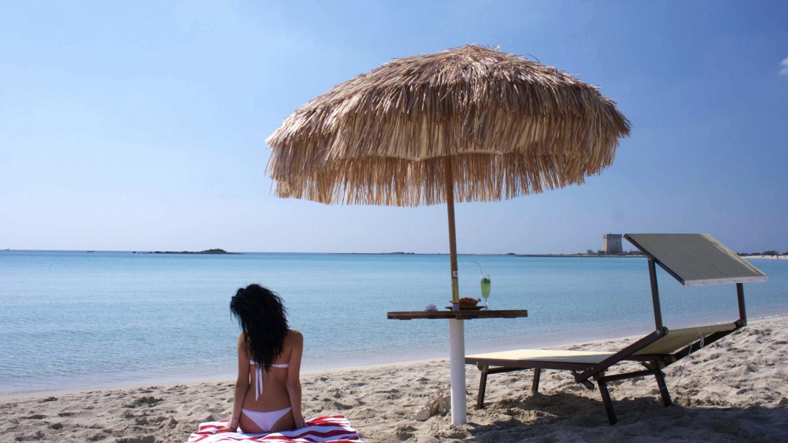 Зонт пляжный соломенный Maldive