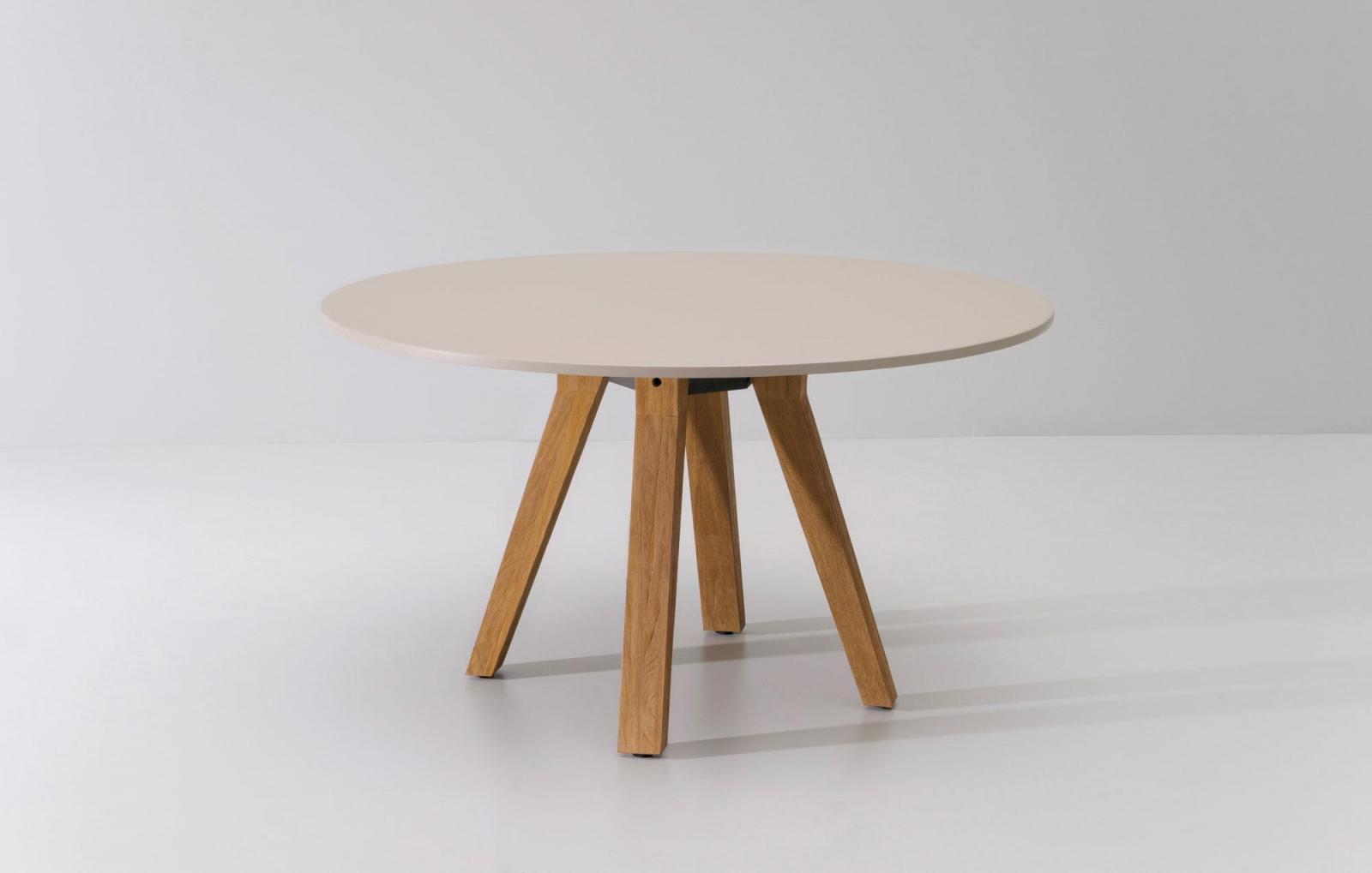 Стол деревянный обеденный Vieques