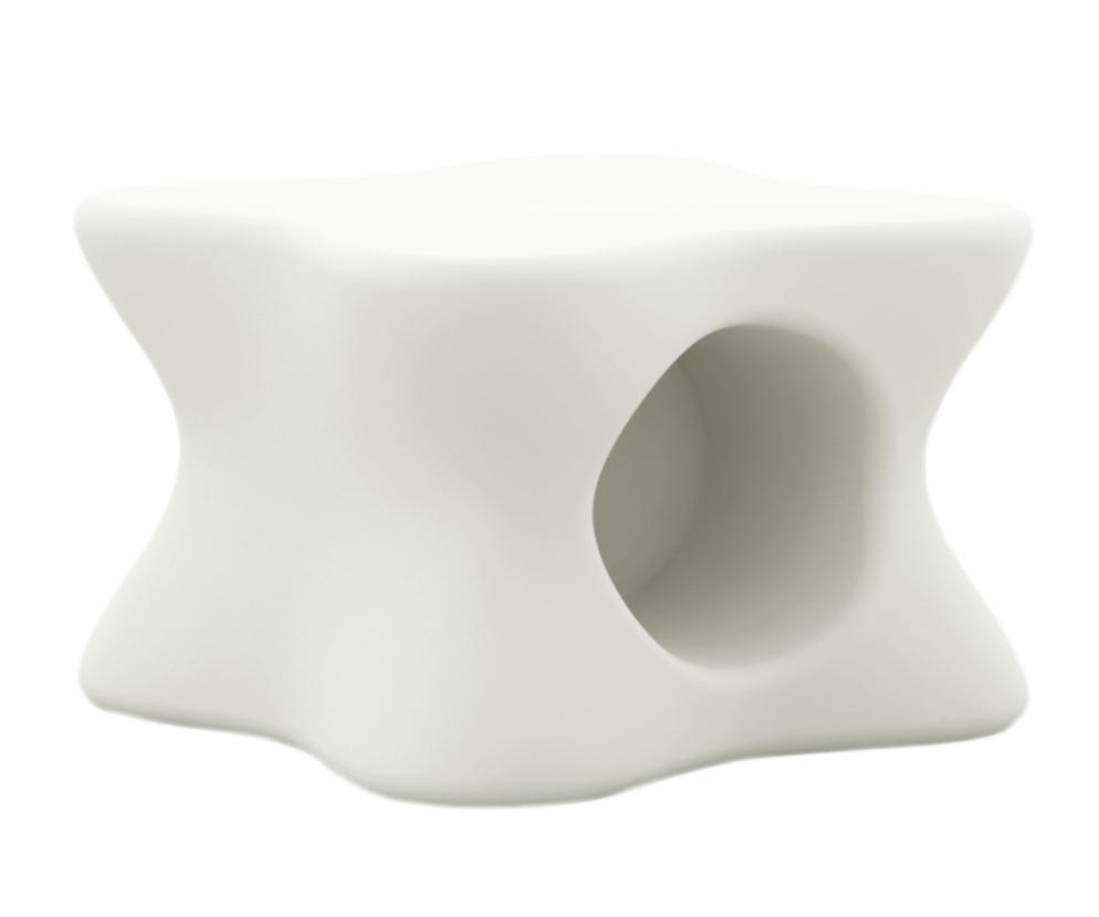 Столик пластиковый кофейный Doux Coffee Table Basic
