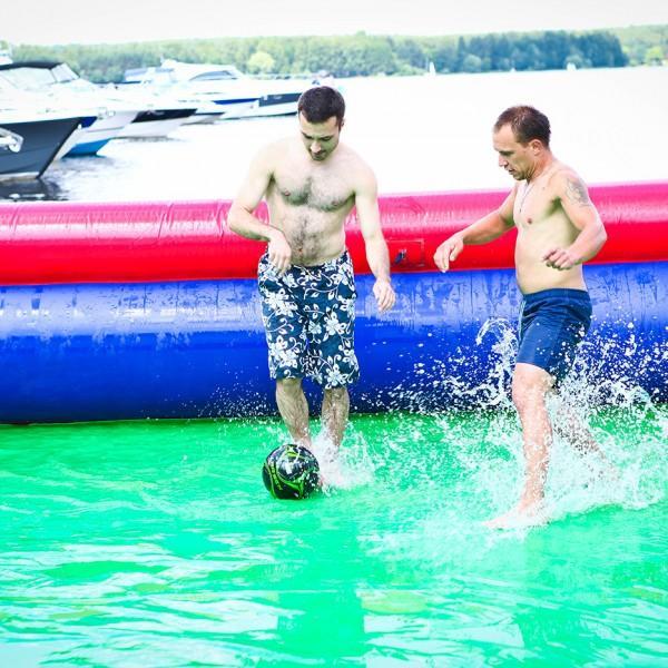 Водные надувные аттракционы - Россия